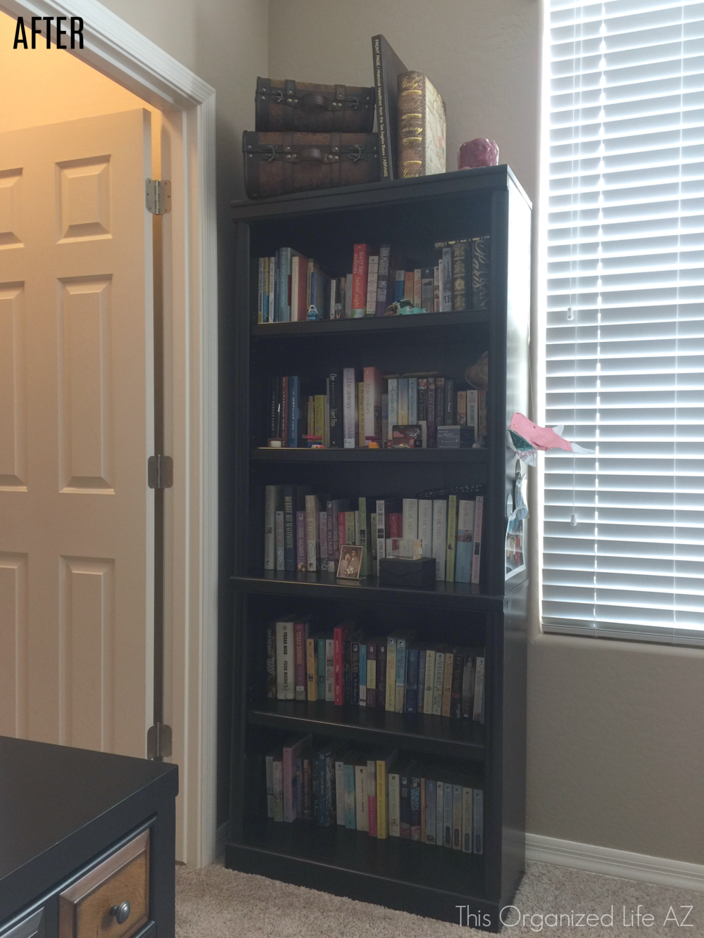 AZ professional organizer bookshelf organizing