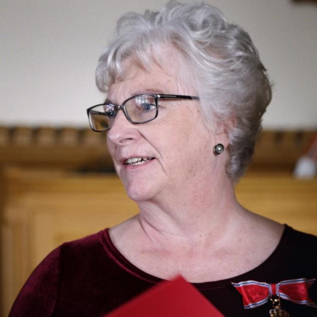 Randi Rosenqvist ble i 2017 utnevnt til Kommandør av Den Kongelige Norske St. Olavs Orden. FOTO: LARS ERLEND TUBAAS ØYMO / SPERANZA FILM