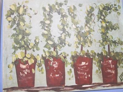 Love-topiary.jpg
