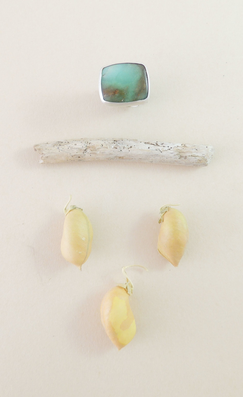 chrysoprase feather band ring size 6.75 2.jpg