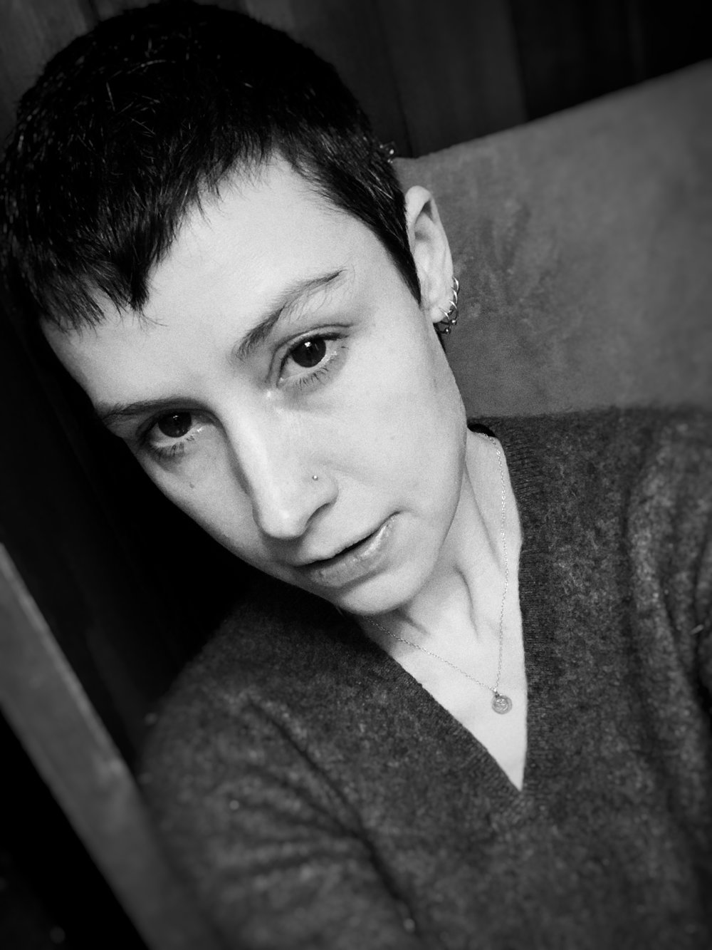 Impromptu bathroom selfie #allvibeswelcomehere #darknessandlight, with my iPhone XS