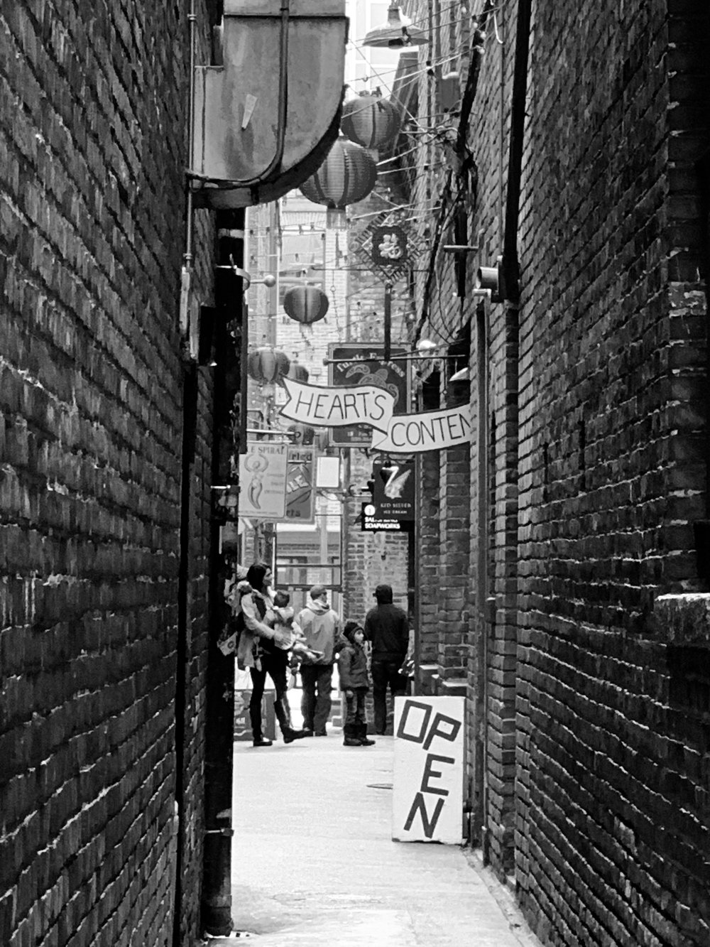Fan Tan Alley, Chinatown, Victoria, BC
