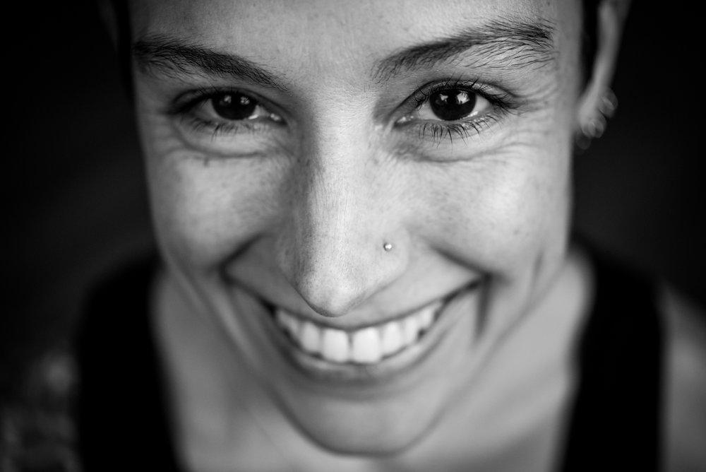 alchemist-eating-Dana-Leigh-Lyons-smile.jpg