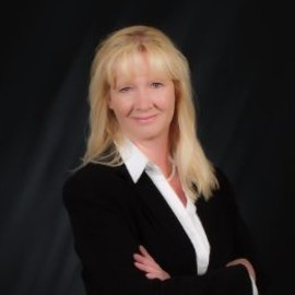 Wendy Craft - CHIEF OPERATING OFFICER Favara Family Office