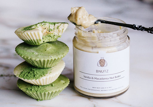Vanilla and mac matcha bites