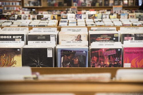 where to sell vinyl