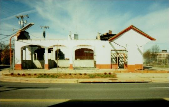 Williams Gulf Station