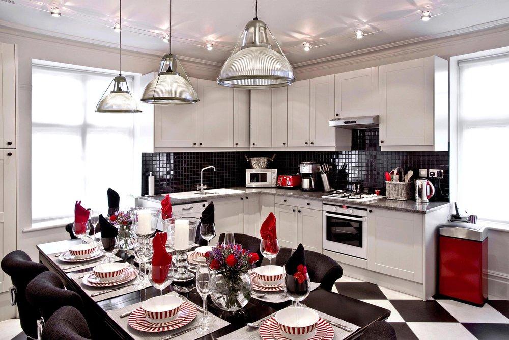 5-Kitchen & Dinning.jpg