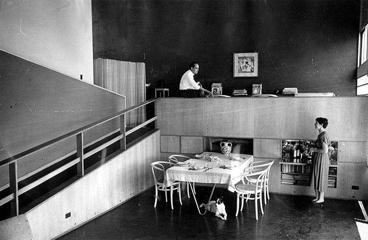 Niemeyer-seen-here-in-the-006.jpg