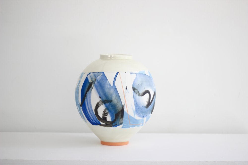 Adam Frew - Medium ceramic pot with orange foot28 x 28 cm