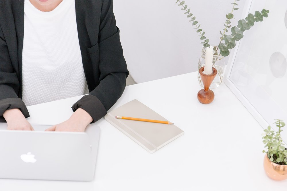 bench-accounting-49026.jpg