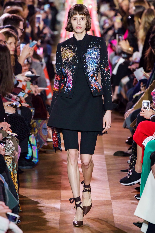 PHOTO: Alessandro Lucioni / Gorunway.com (Schiaparelli Spring 2019 Haute Couture show)