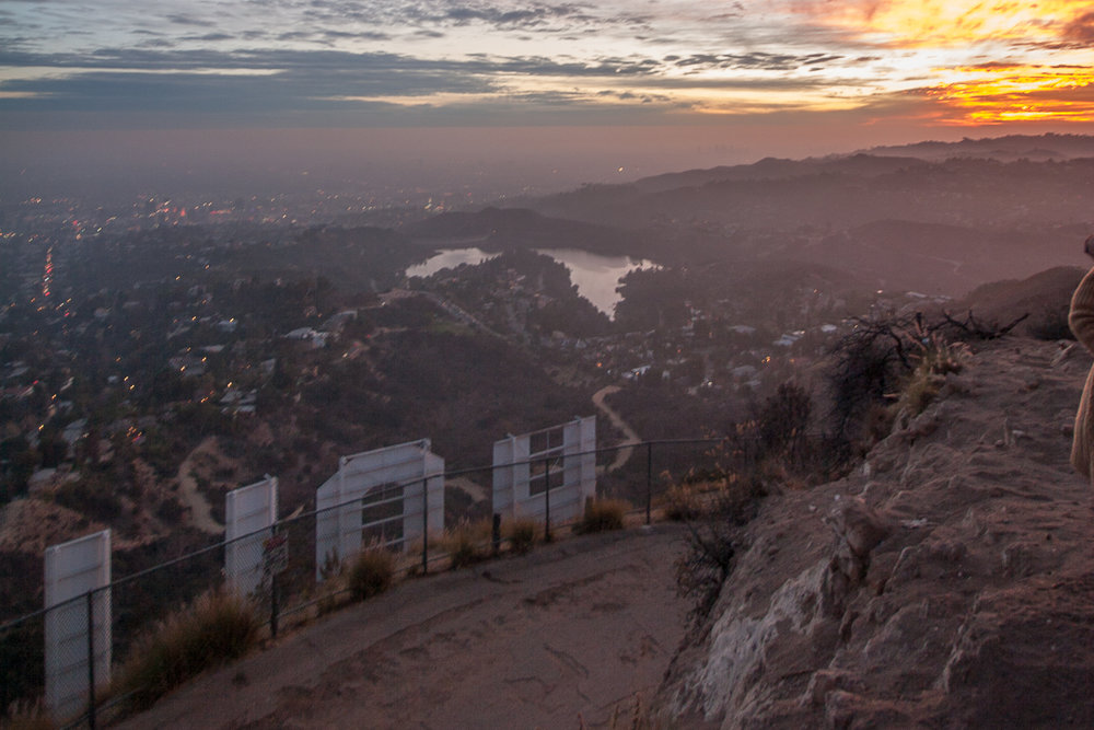 hike Behind the hollywood sign - 3 ways -     3 ways to hike to the famous sign