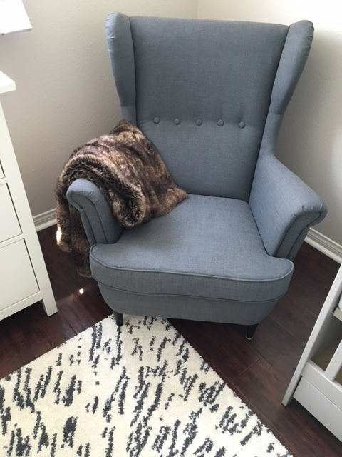 nursery chair and blanket.JPG