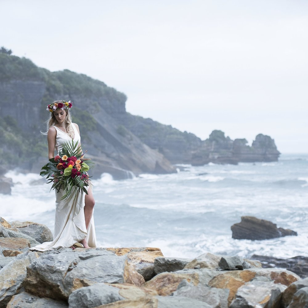 LATEST BLOG - Vibrant Tropical Styled Shoot in Punakaiki