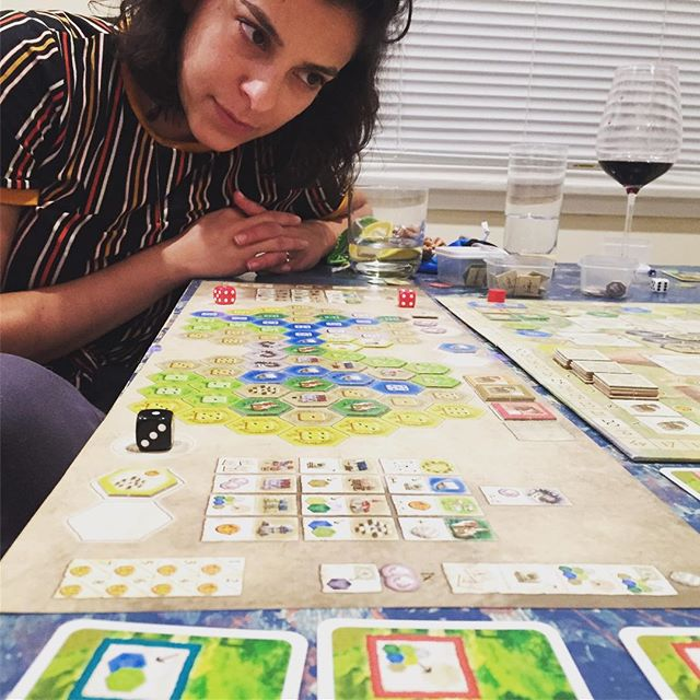 CASTLES OF BURGUNDY! Team Game!! . . . . Turns you mad. Final scores: 487-471! (Team Bales!) Thiccc. #stefanfeld  #boardgames  @ravensburgerglobal