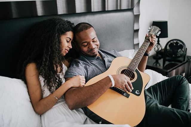 In home sessions are my jammmm. From Ariela + Robert's engagement session a few weeks ago. Tons of new weddings and engagements are hitting the blog soon!