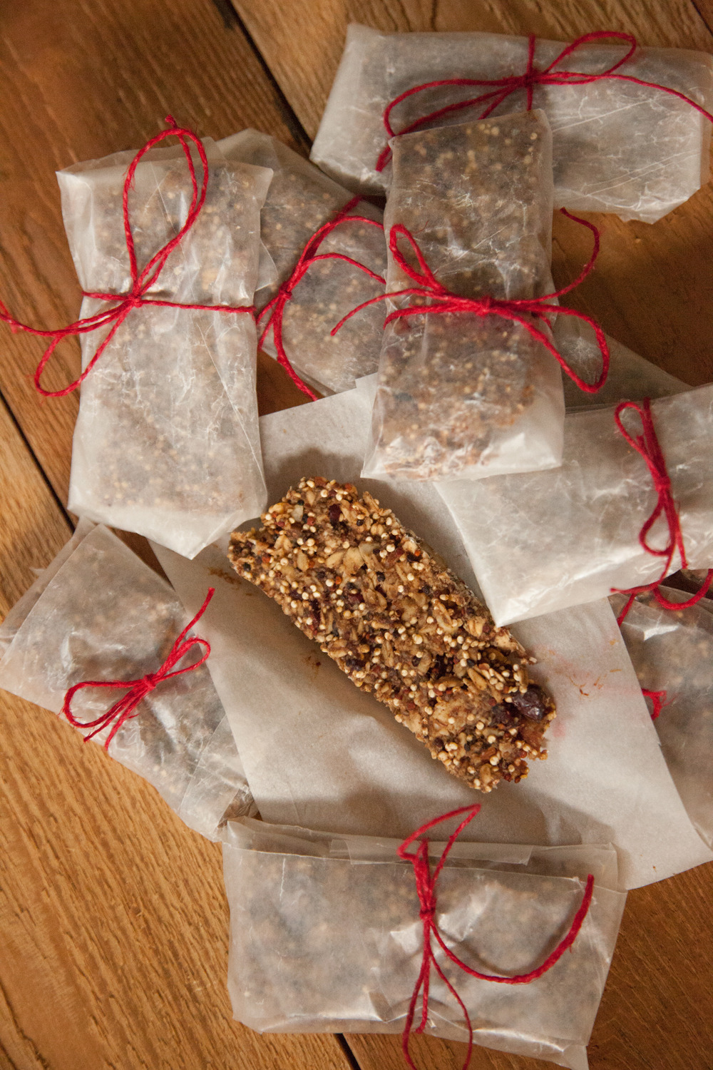 Vegan & Gluten Free (but full of nuts) Granola Bars!  Made for  the Barre Fitness blog  on #TastyTuesday.  They are actually delicious, and really easy, and I loved wrapping them like this because it mean I got to share with the instructors and they were super easy to grab on the go.    RECIPE HERE!
