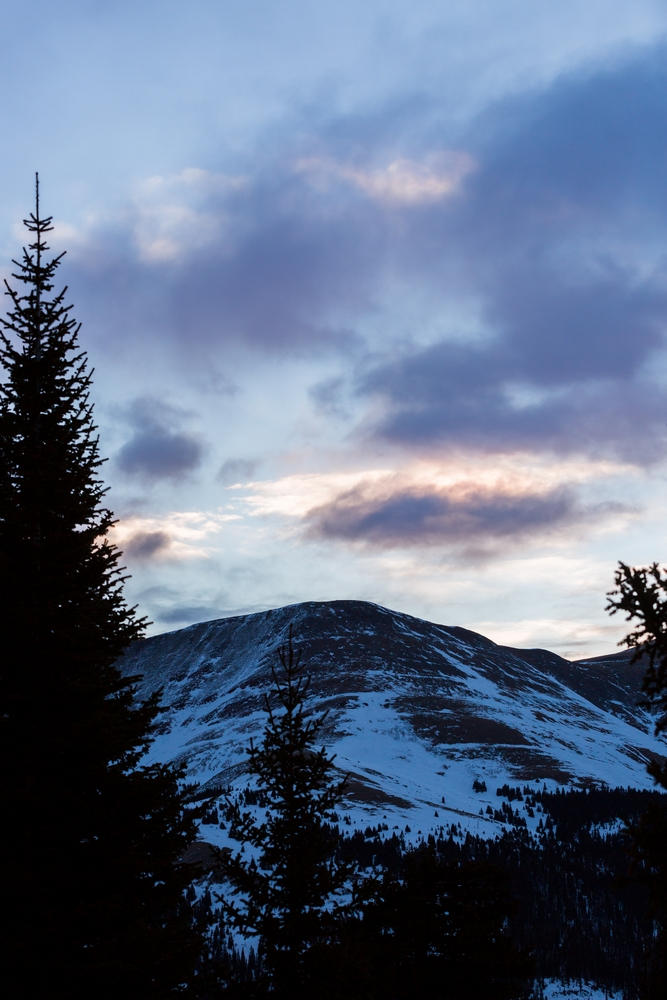 quandary-mountain-winter-hiking-colorado-sunrise (1).JPG