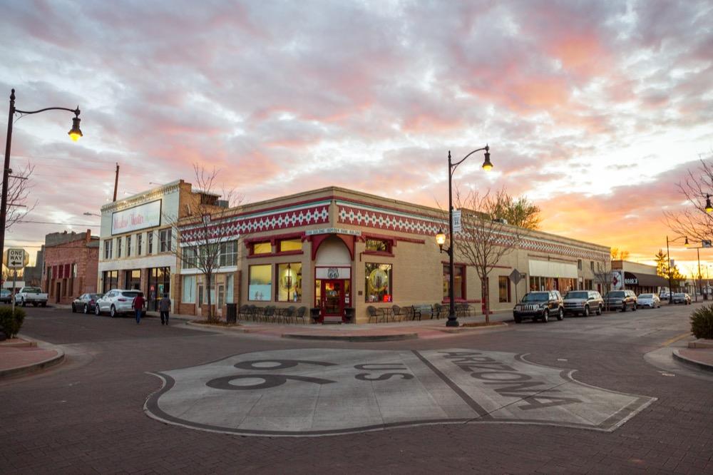 winslow-arizona-standin-on-the-corner-sunset