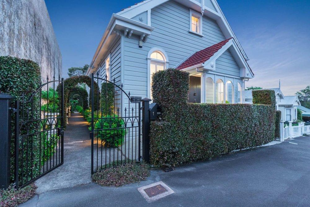 Old Church airbnb Sydney Insiders3.jpg