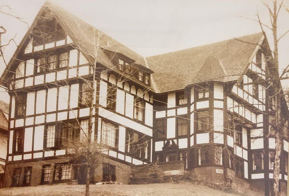 110 Edgemore Lane, the original Shelter