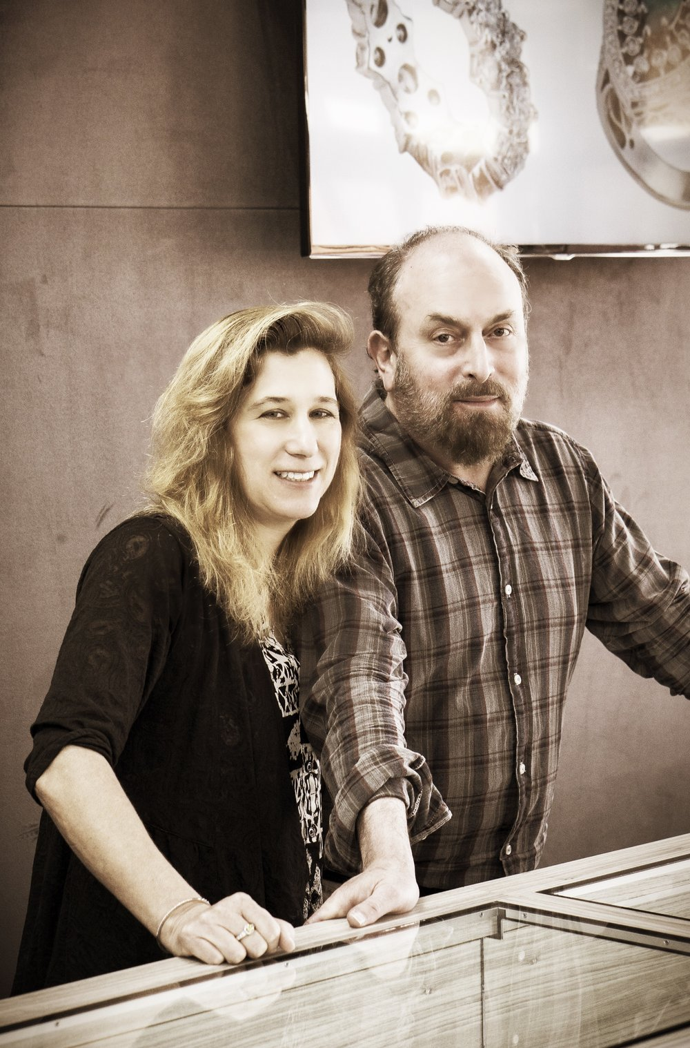 Jill and Scott Lefcourt - As the owners of Scottsdale Fine Jewelers, they put the 'Fine' in Pepper Fine. Partners in life and partners in business these two create a dynamic you can't find anywhere. Scott is GIA trained and sneezes without covering his mouth; Jill is a business shark and doesn't know her own strength.