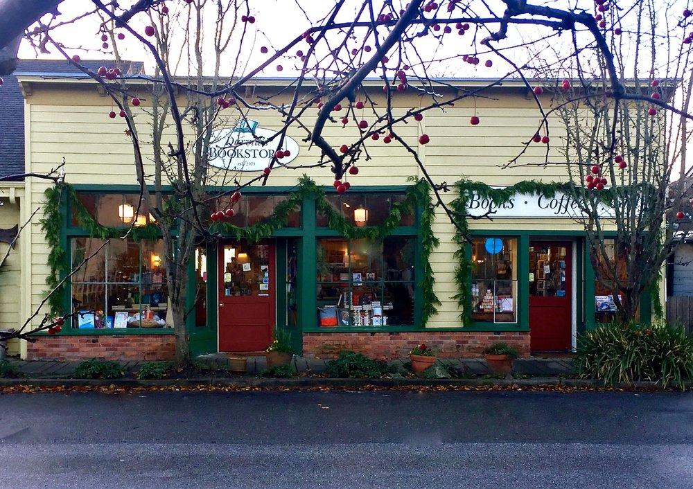 Orcas-island-bookstore-darvills-eastsound.jpg