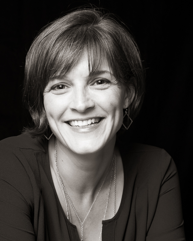 Kirsten Sundberg Lunstrum is the author of three collections of short fiction, most recently  What We Do with the Wreckage , which won the 2017 Flannery O'Connor Award for Short Fiction. Her stories have been widely published in journals, including  One Story ,  Ploughshares , and  North American Review .