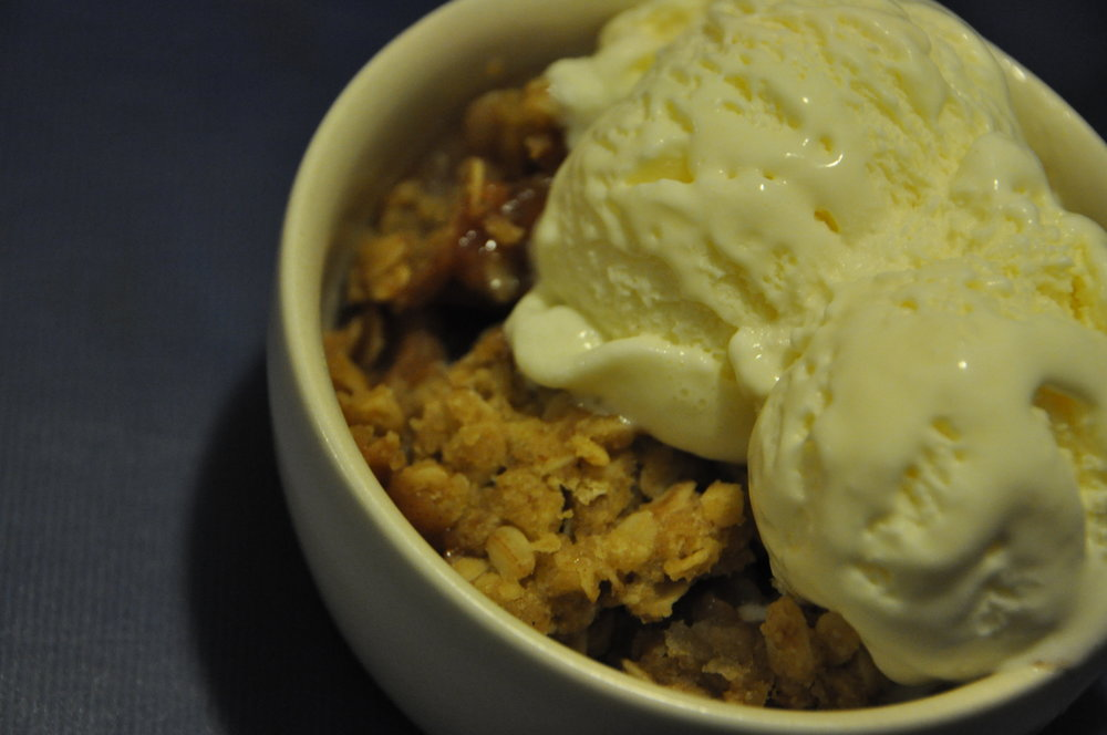 Apple Crisp ala Mode
