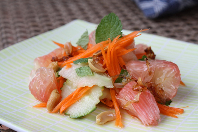 recipe-vietnamese-pomelo-salad.jpg