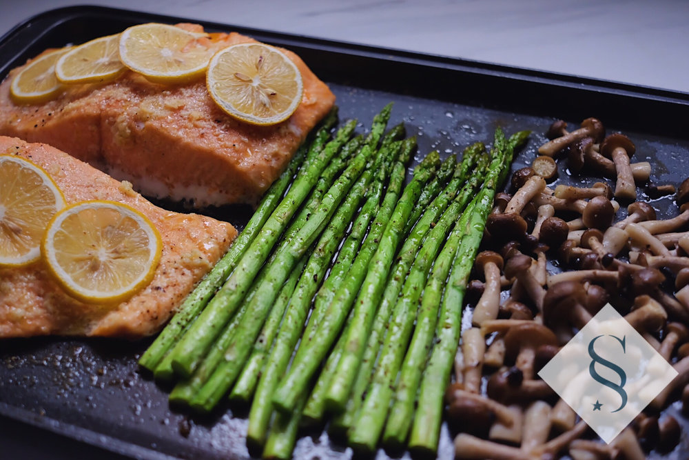 One Pan Salmon with Asparagus and Mushrooms - Click here for the recipe.
