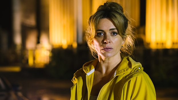 Eve Myles on BBC Radio 2 - Eve Myles joins Simon Mayo and Jo Wiley on BBC Radio 2 (from 01.36.00) to discuss 'Keeping Faith', learning Welsh and music!