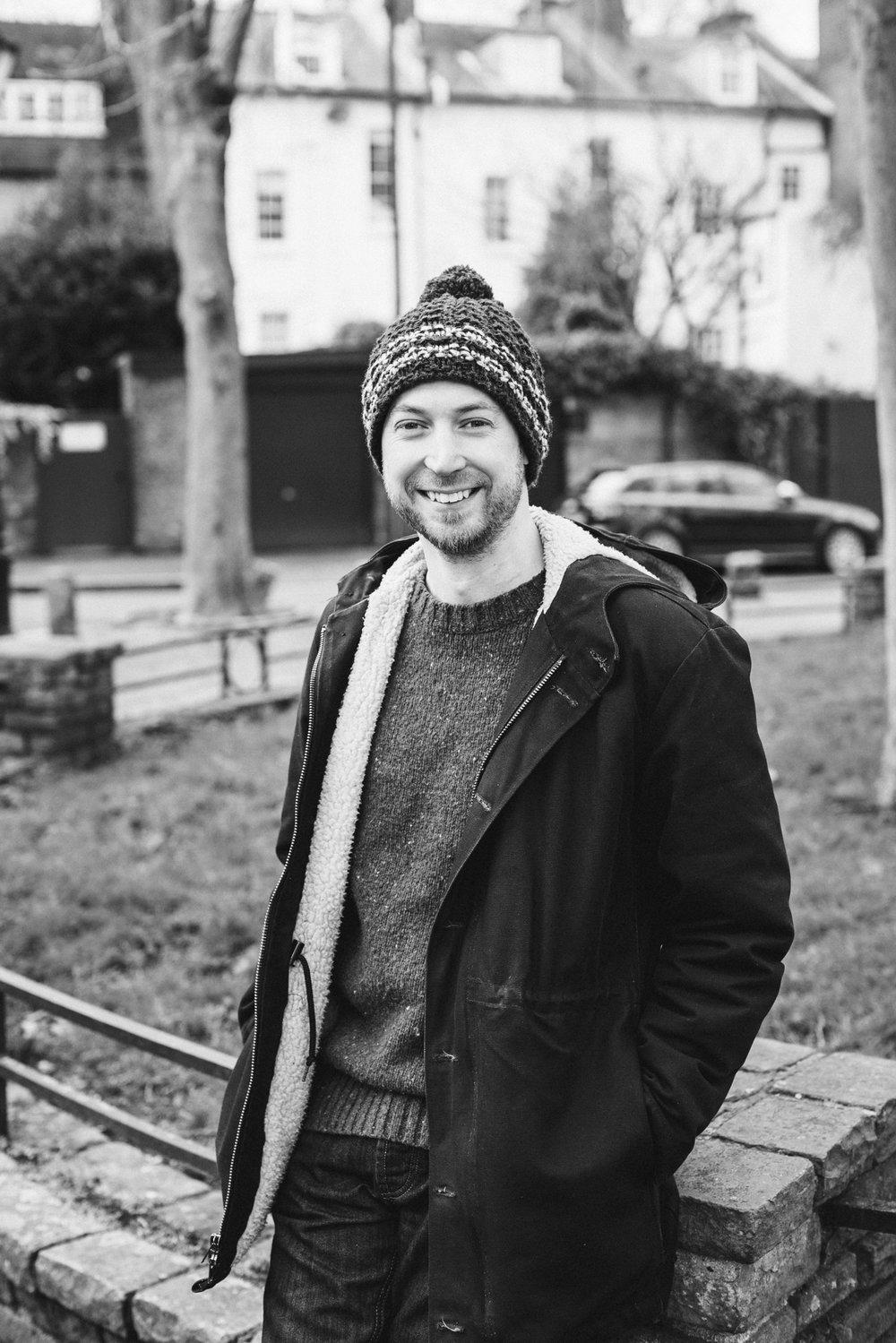Dating photographer london