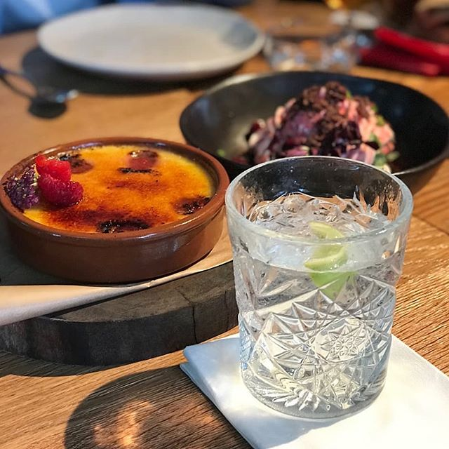 Dessert 3 ways at @acreeatery. . . . . #smallmouthvodka #organic #australianmade #vodka #camperdowncommons #acreeatery #foodies #sydneyfood #sydneyeats #eatsydney #camperdown #cremebrulee #dessert #thirstythursday #vodkasoda #premiumvodka #smallmouthinthewild