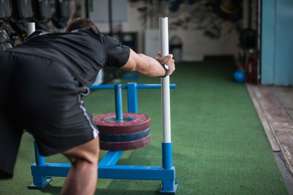 Astroturf Track - 2x TiresSledProwlerBattle RopesSlam Balls
