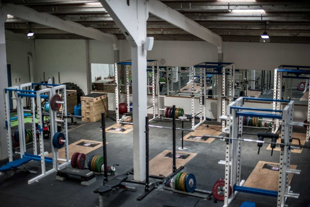 WEIGHTLIFTING - 6x Werksan Olympic weightlifting sets6 full weightlifting platforms1x Jerk Blocks