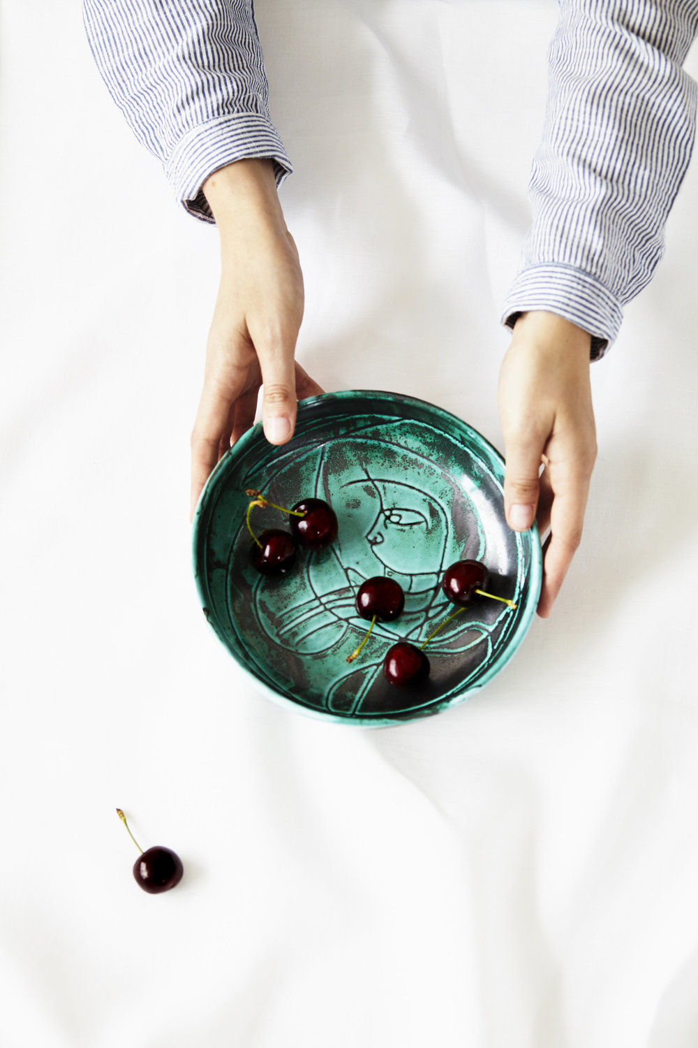 Medium+Italian+Ceramic+Bowl+Turquoise_Styling.jpg