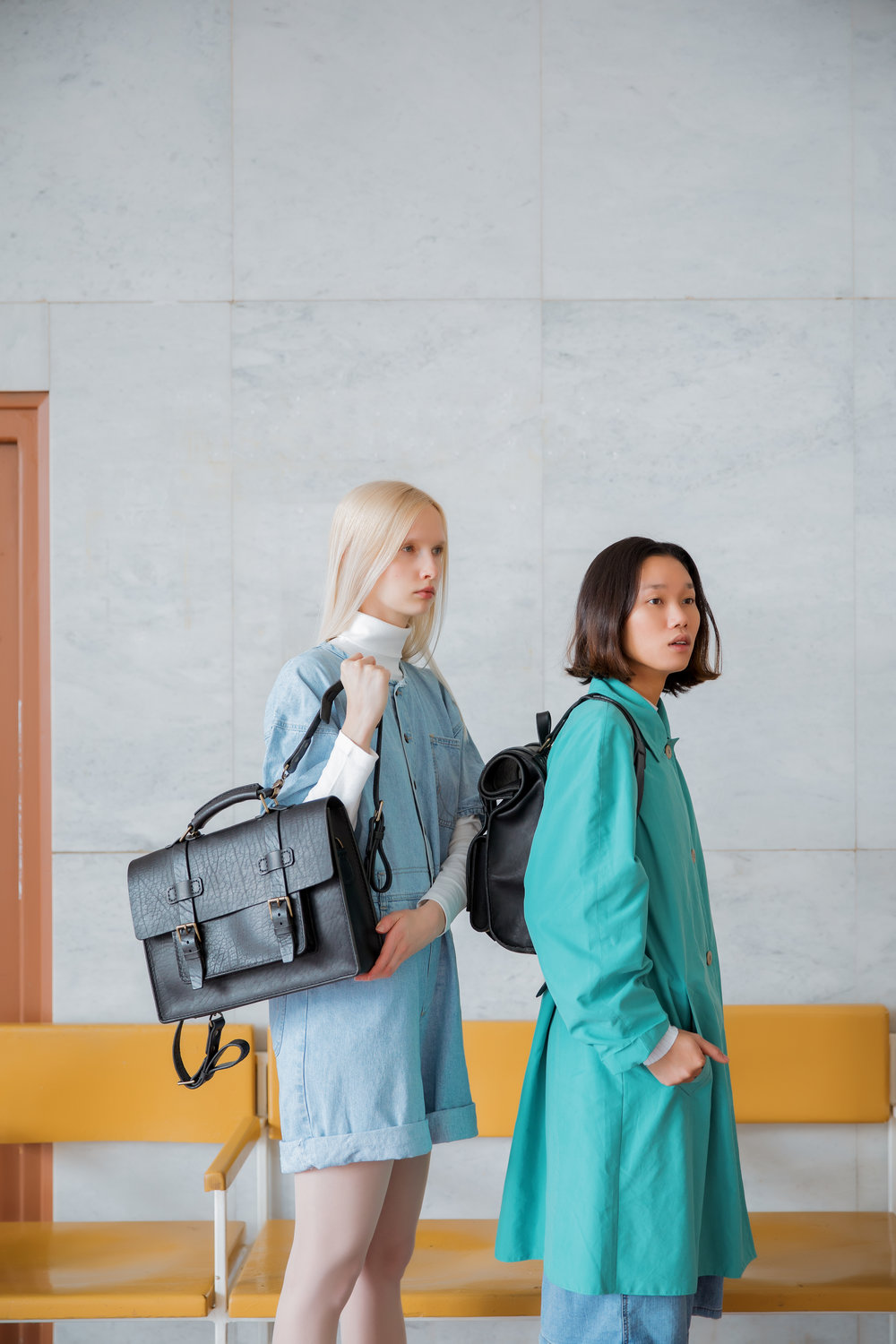 Models with Luxury bags