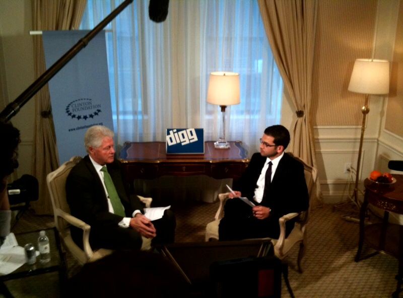 MIA STUDENT INTERVIEWING  PRESIDENT CLINTON