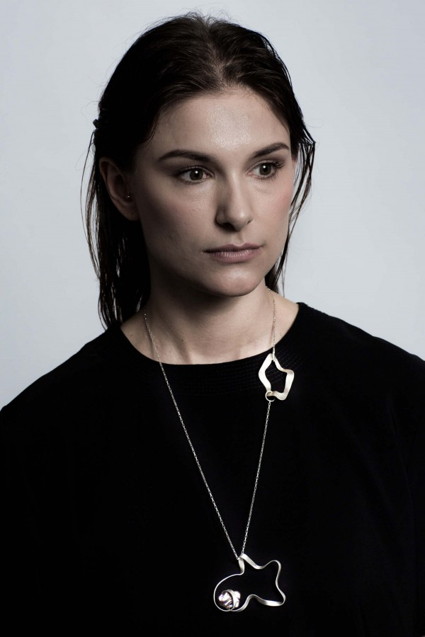 Kajsa in blk prl necklace.jpg