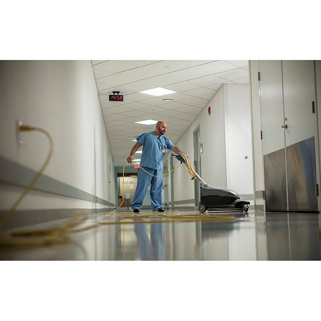 The work behind the scenes matters. . . . . #hhc #hartfordhospital #hartfordhealthcare #healthcare #hospital #companyculture #healthcarephotography #portraitphotographer #5ds #canon5ds #caring #supportive #workenvironment #cleaning #workhard #cleanfloors #reflection