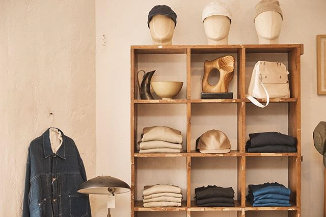 Inside menswear and homeware store @countyltd.  We speak with the founders elevating the relaxed LA aesthetic. 📷 @trevorking