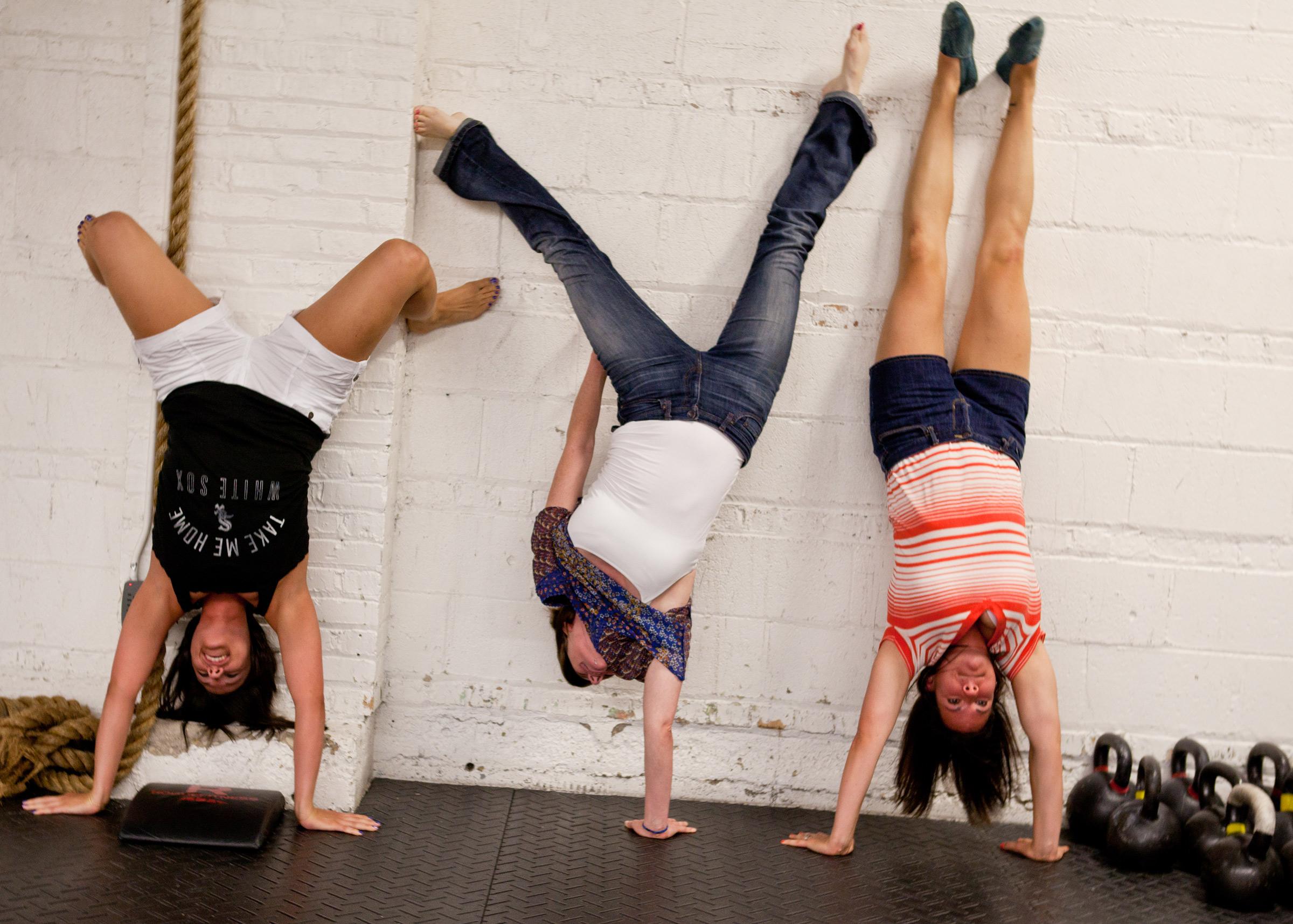 Group-Handstands