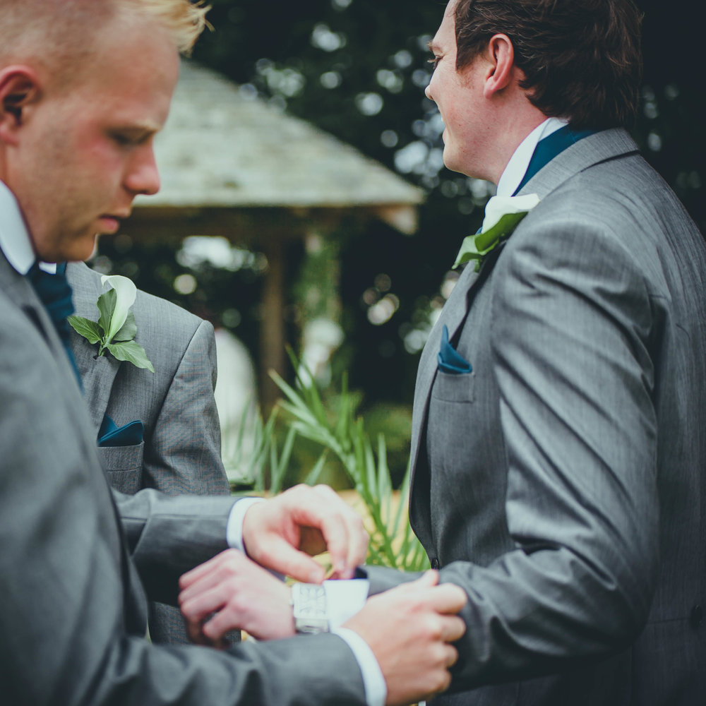 HOW ARD WEDDING PHOTOGRAPHY WEST MIDLANDS GR0OM PREP-1-10.JPG