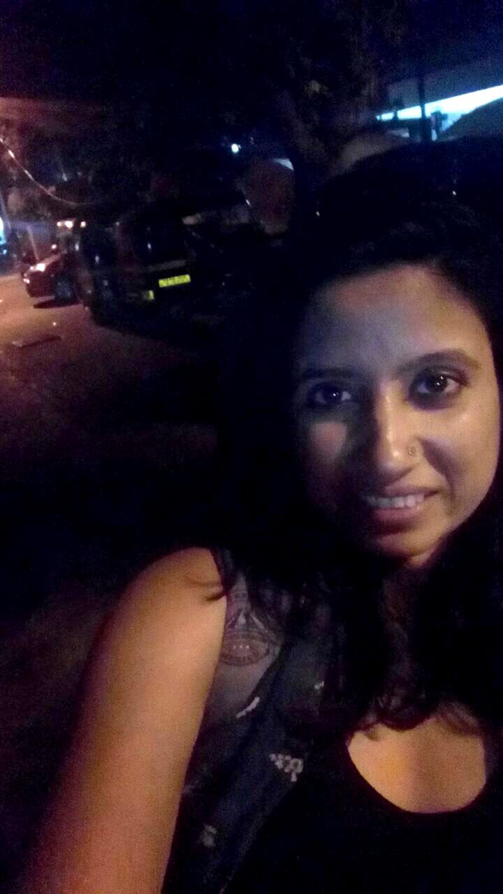 Why Loiter-er Neha Singh - Andheri West, Mumbai