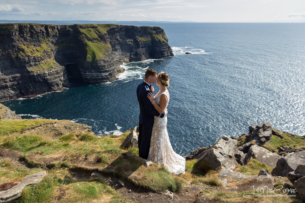 Real wedding at the Cliffs of Moher
