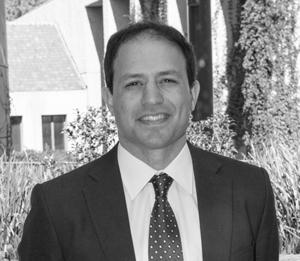 Evan M. Epstein        Fundador y Socio Director