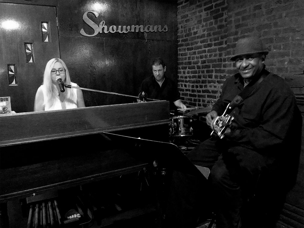 Adrienne Trio at Showmans 04.jpg