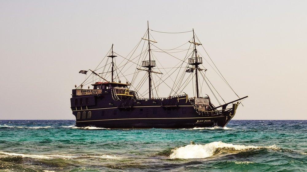 cruise-ship-2285147_1280.jpg